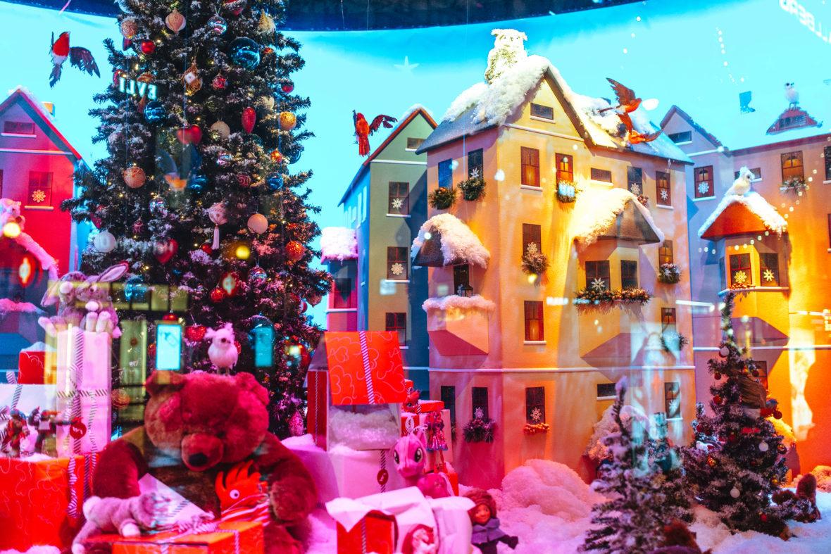 Christmas window (c) Jussi Hellsten