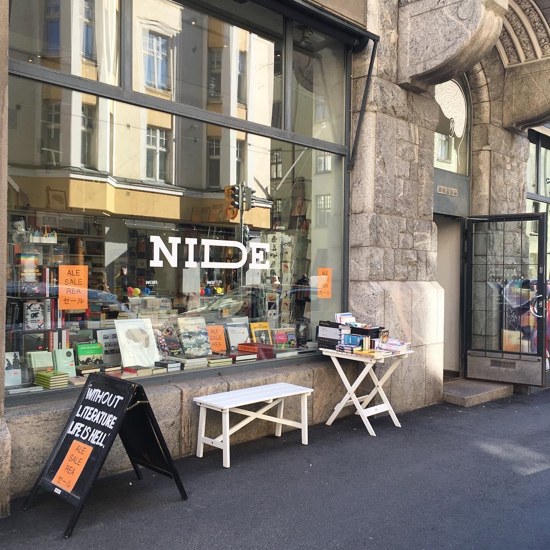 Nide Bookstore