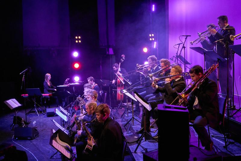 Metropolia Big Band – Basie Straight Ahead