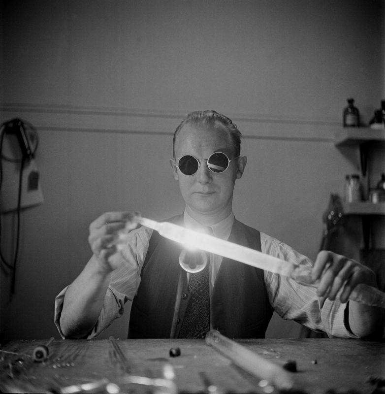 Through a Different Lens: Stanley Kubrick Photographs