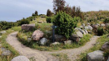 Vuosaarenhuippu – Vuosaari Landfill Hill